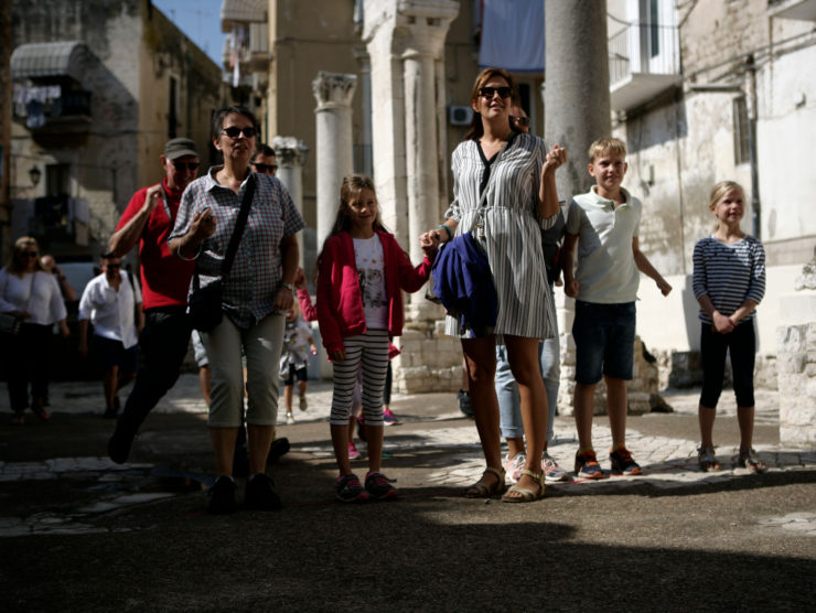 free walking tour bari family